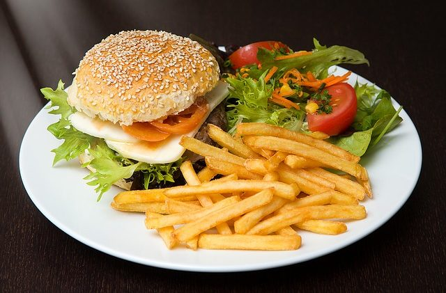 Easy Steps to Erasing Bad Eating Habits