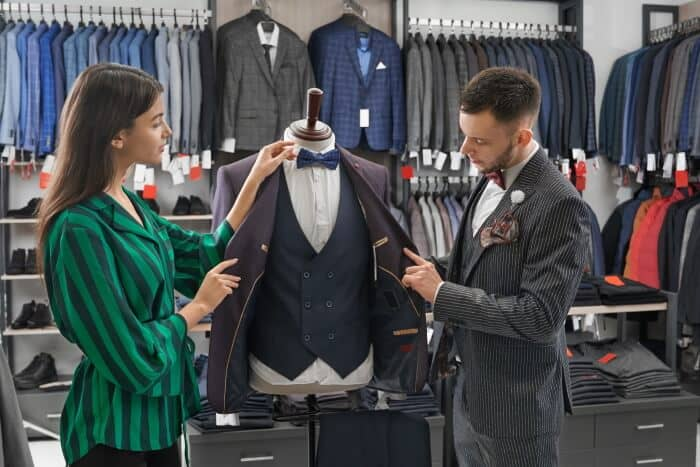 how to choose vest for a man