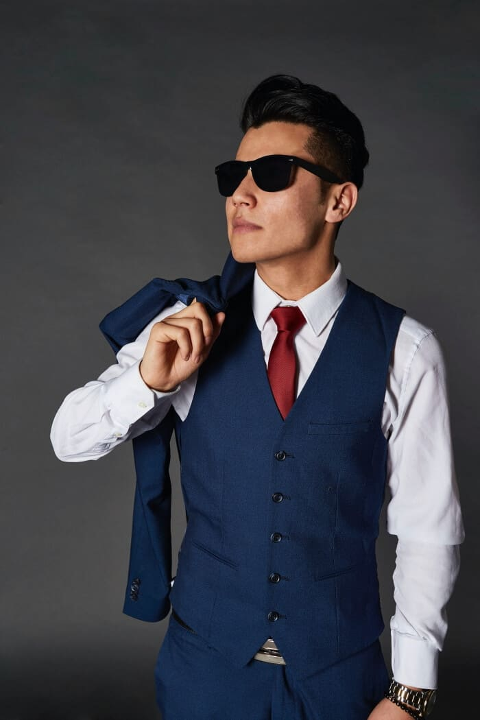 man s guide to wearing a vest